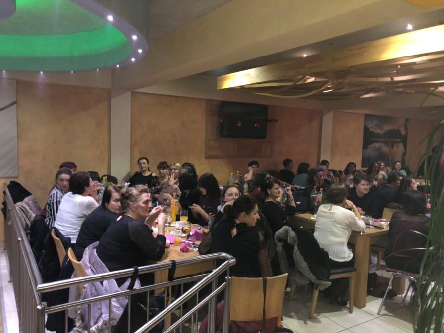 Druženje žena u restoranu Bucomerc-Twi